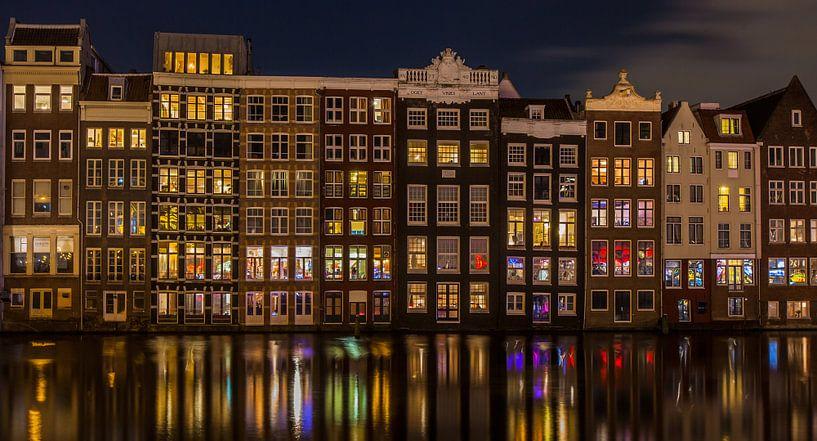 Damrak @ Night van Marc Smits