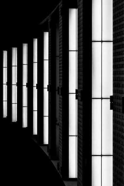 Detail der Lichter im Antwerpener Hauptbahnhof von Ribbi The Artist