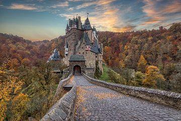 Eltz Castle (Duitsland) van Mart Houtman