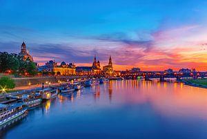 Historische Altstadt zu Dresden im Abendlicht sur Ullrich Gnoth