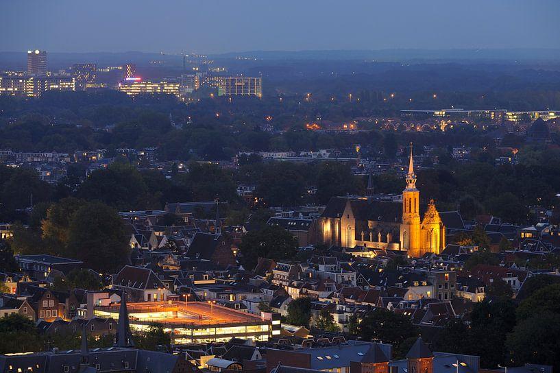 Binnenstad van Utrecht met Catharijnekerk  von Donker Utrecht