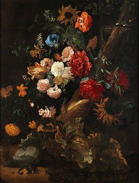 Ernst Stuven, Blumenarrangement mit Kröte und Schlange von Atelier Liesjes