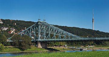 "Elbe Bridge ""Blue Wonder"", Dresden van Gunter Kirsch"