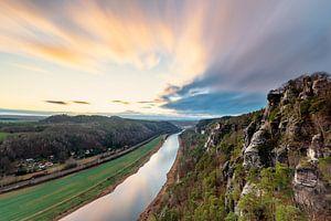 Elbsandsteingebergte - Uitzicht vanaf de Bastei van Ralf Lehmann