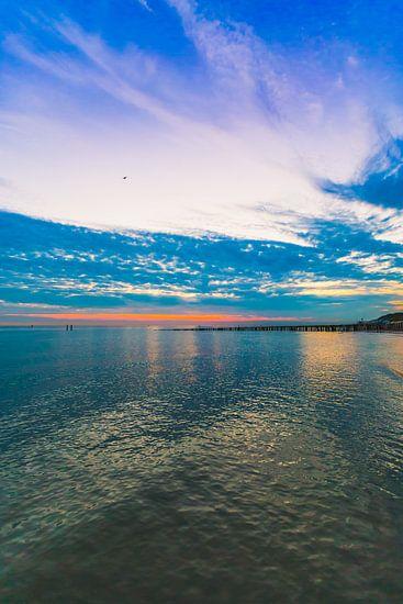 Dishoek zonsondergang 2 van Andy Troy