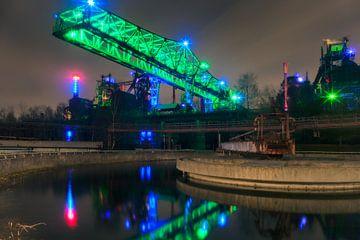 Hoogovens bij avond, Landschapspark Duisburg-Nord van Evert Jan Luchies
