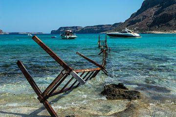 Verroeste Aanlegsteiger op Balos Beach (Kreta) van Melvin Fotografie