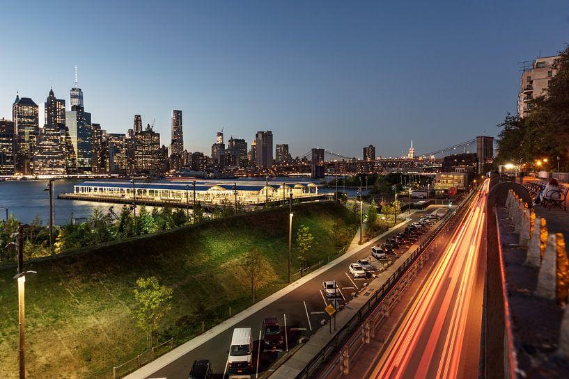 Brooklyn Hights in der blauen Stunde   New York van Kurt Krause