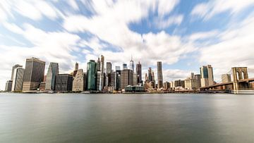 New York skyline vanuit Brooklyn van Sjoerd Tullenaar