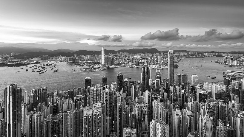 HONG KONG 40 von Tom Uhlenberg