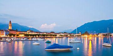 Ascona aan het Lago Maggiore meer in Zwitserland van Werner Dieterich