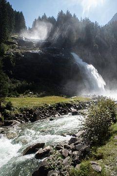 Krimmler Wasserfälle bij tegenlicht van Ronald De Neve