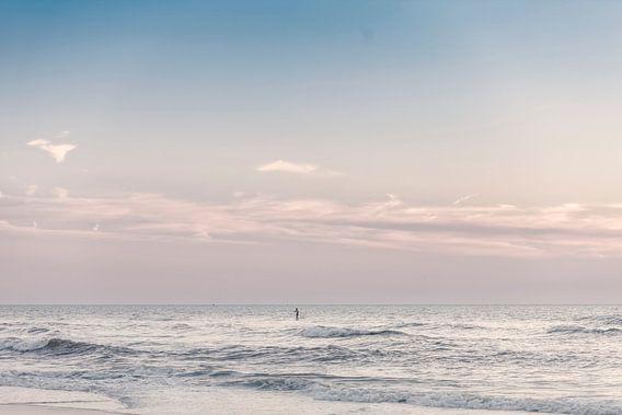 Schemering op zee