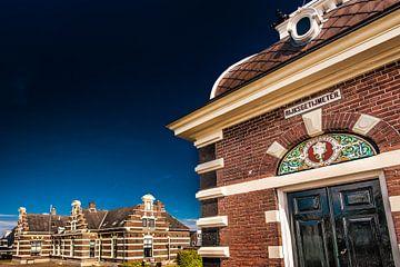 Havenhuisje in het Friese stadje Lemmer van Harrie Muis