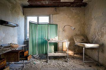 Verlassenes Zimmer des Doktors. von Roman Robroek