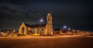 Church and street van Reinier Varkevisser