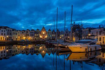 Stadshaven geht in die blaue Stunde von Jan Poppe