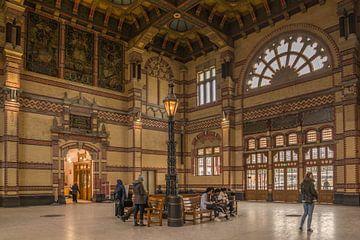 Stationshal Groningen van Jacqueline Kroezen