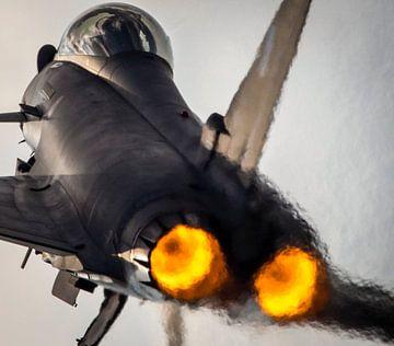 Eurofighter typhoon blaast van de runway af tijdens #RIAT2019 van Stefano Scoop