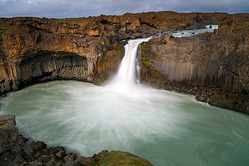 Cascade d'Aldeyjarfoss en Islande