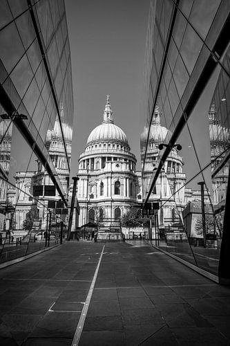 St Paul's Cathedral - Londen - Reflectie van Robin Gooijers