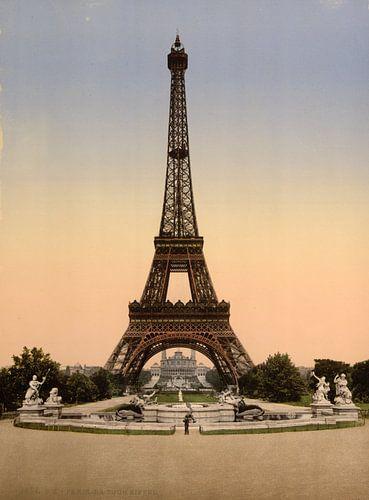 Eiffel Tower, full-view, looking toward the Palais du Trocadéro, Paris, van