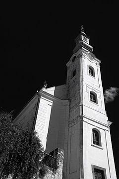 Ungarisch reformierte Kirche in Schwarzweiß. von Jan Brons