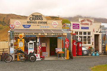 Three Creeks service station van Shot it fotografie