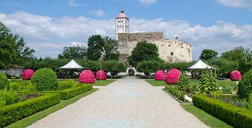 Renaissancekasteel Schallaburg met toernooiveld van Leopold Brix