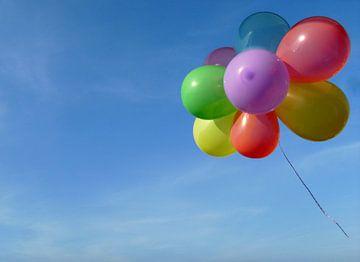 Fliegender Luftballongruß sur Heike Hultsch