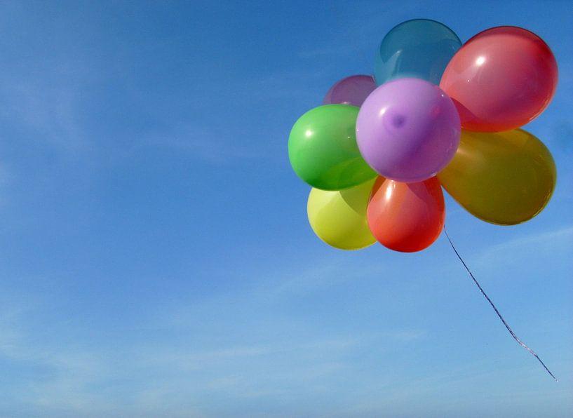Fliegender Luftballongruß van Heike Hultsch