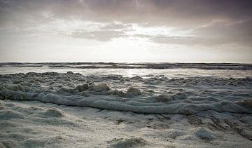 schuim op zee von Dirk van Egmond