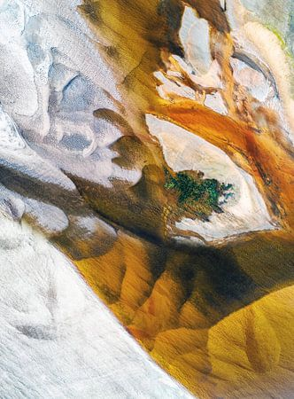 Earth van Jacky Gerritsen