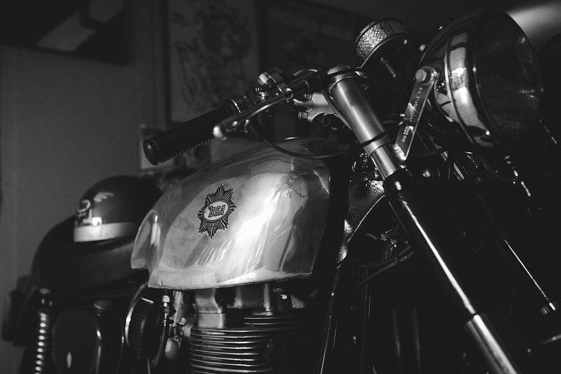BSA oldtimer motorfiets van Mijke Bressers