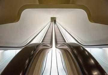 Futuristisch Rolltreppe  von Marcel van Balken