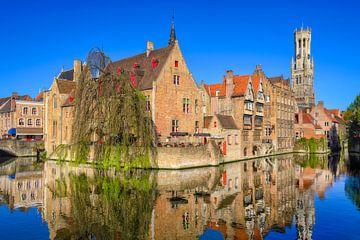 Quai des chapeaux de rose à Bruges sur Johan Vanbockryck