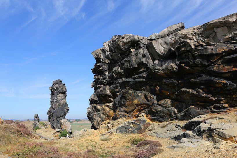 De Teufelsmauer tussen Neinstedt en Weddersleben in het Harzgebergte van Karina Baumgart