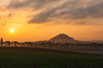 Sonnenaufgang beim Staatzer Berg von Elke Wolfbeisser