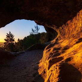 sunny cave van Daniela Beyer