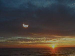 Mond und Sonne van