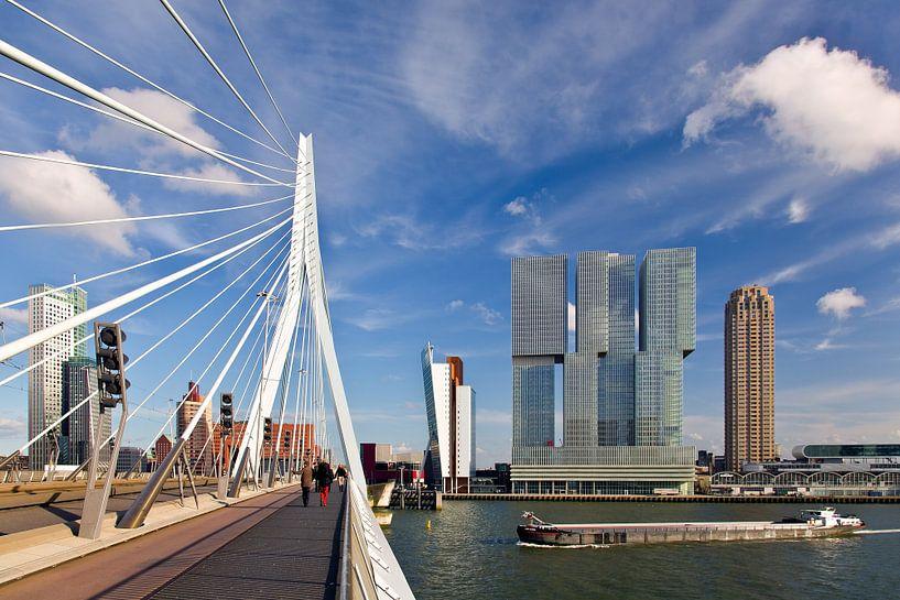 Erasmusbrug en De Rotterdam van Anton de Zeeuw