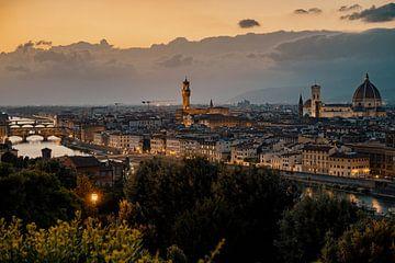 Zomers Florence tijdens zonsondergang van Studio Reyneveld