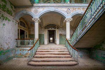 Verlaten Stairs to heaven van Frans Nijland