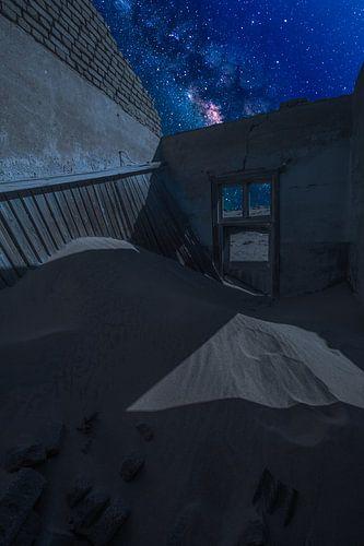 Kolmanskop at Night van
