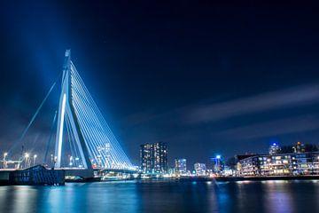 Erasmus-Brücke bei Nacht von Harm-Jan Tamminga