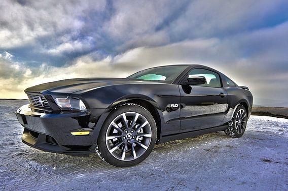 Ford Mustang sportscar in schwarz