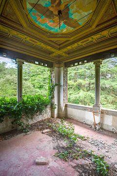 Villa im Wald von Perry Wiertz