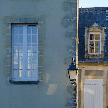Stadsgezicht in Bayeux, Frankrijk van Petra Cremers
