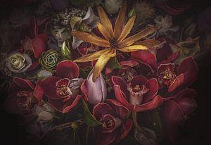 Gele bloem van Marina de Wit