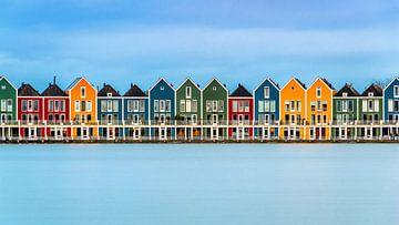 Chalets colorés sur les Rietplas à Houten (Pays-Bas) sur Bert Beckers